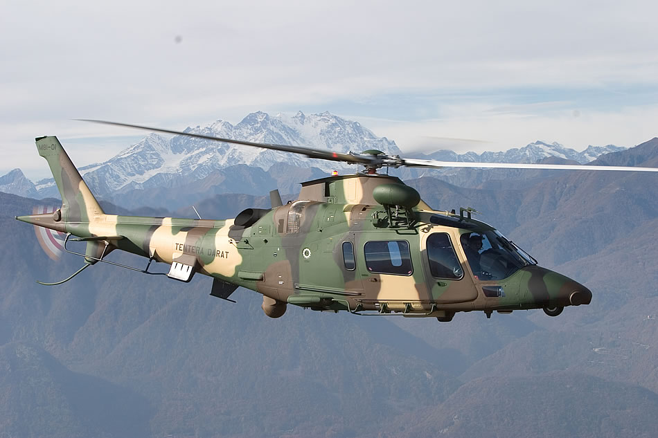 Elicottero A109 : Military photos a luh agustawestland
