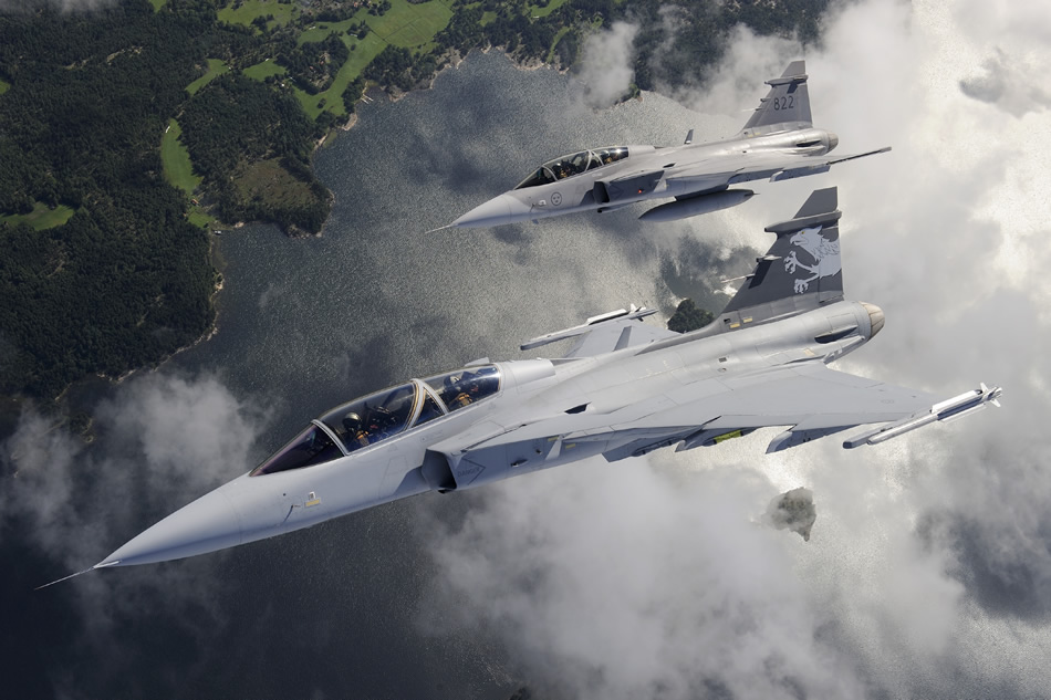 http://www.strategypage.com/gallery/images/Gripen-NG-and-Gripen-D-11-2011.jpg