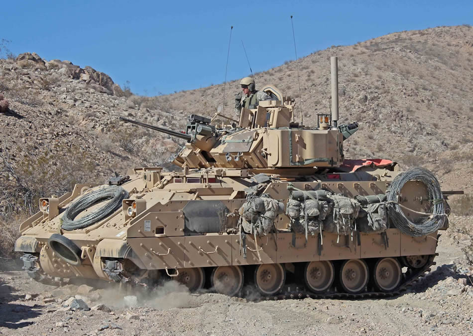http://www.strategypage.com/gallery/images/M2-Bradley-Infantry-Fighting-Vehicle-01-2013.jpg