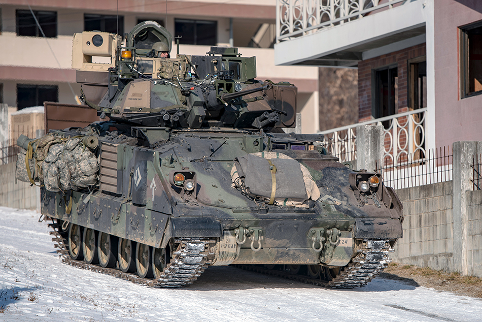 M3A2-Bradley-Fighting-Vehicle-South-Kore
