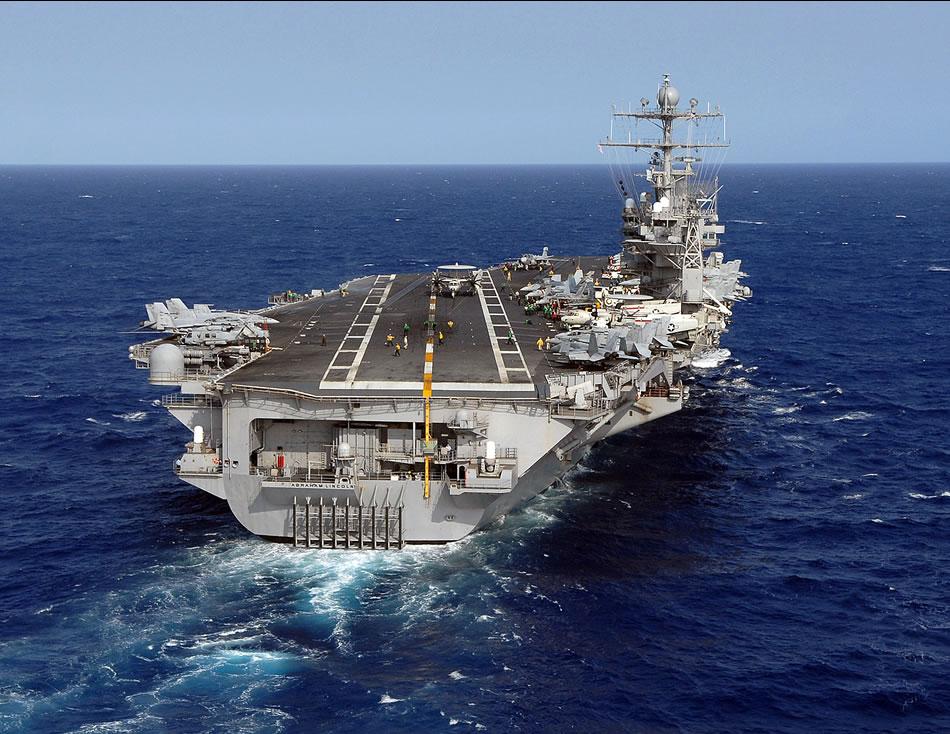 أمريكا نشرت ثلاثة حاملات طائرات