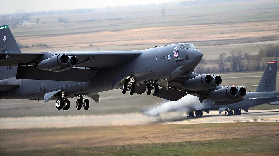 b-52-02-2017.jpg