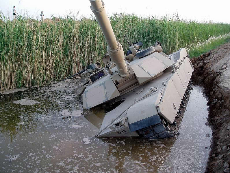https://www.strategypage.com/gallery/images/m1_sinking_2.jpg