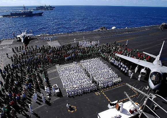 Military Photos Memorial Service Aboard the USS Stennis