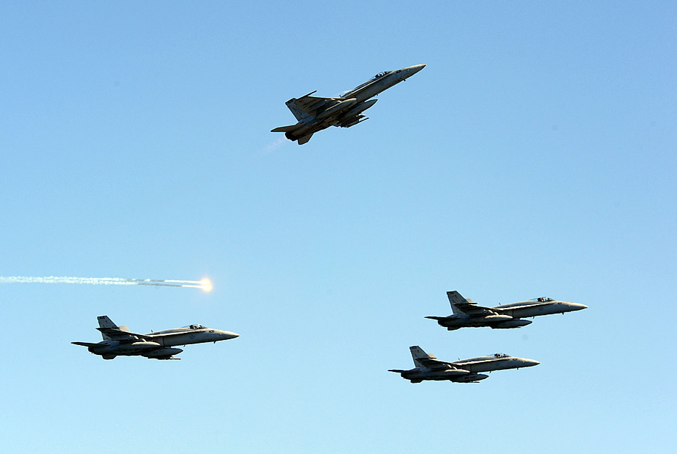Photo: Missing Man Formation