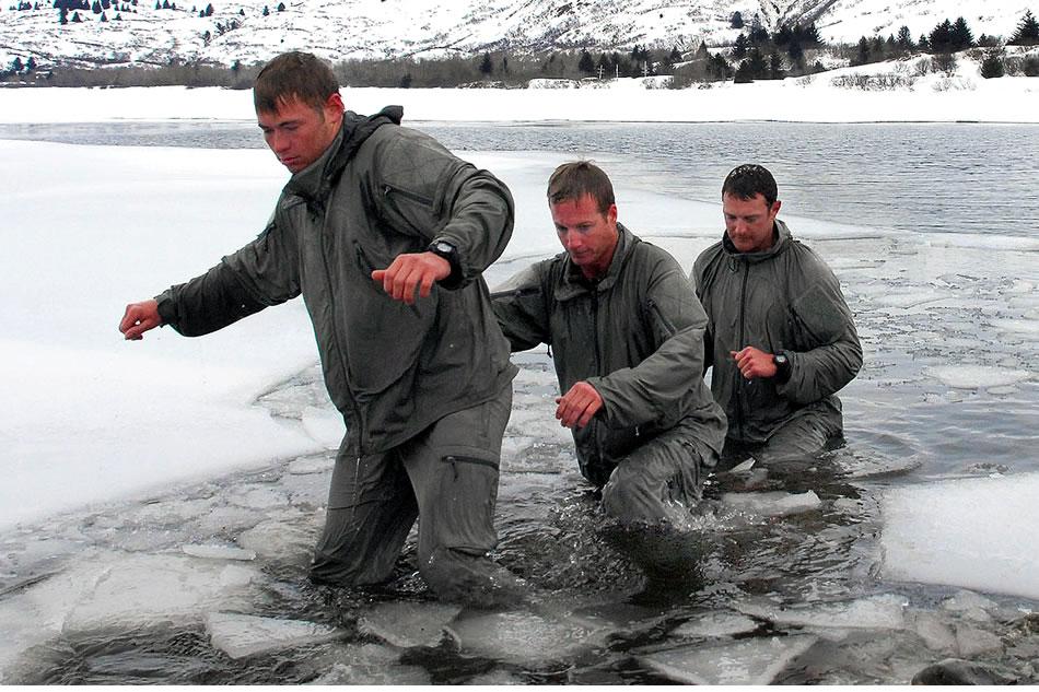 Military Photos SEAL Icebreakers